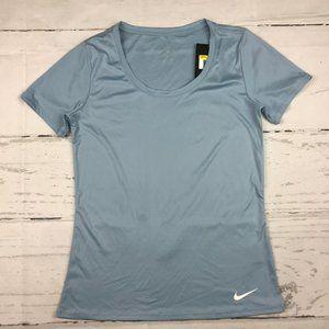 Nike Dri-Fit short sleeve training tshirt NWT U18